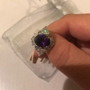 Jewelry - Purple stone ring size 7